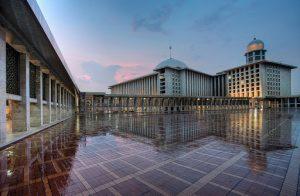 Masjid Istiqlal Andrew Hidayat KPK