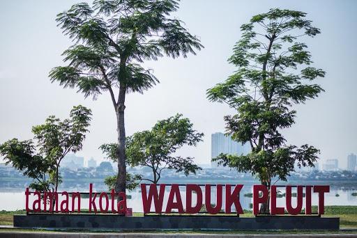 Taman Waduk Pluit Andrew Hidayat KPK